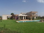 Villa 432m2 | 4 bed /4 bath | 3 receptions | pool | garden
