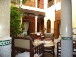 Riad 4beds | 4Baths | 5 toilets | Kitchen | 3Lounges | Patio | Terrace | 250m²